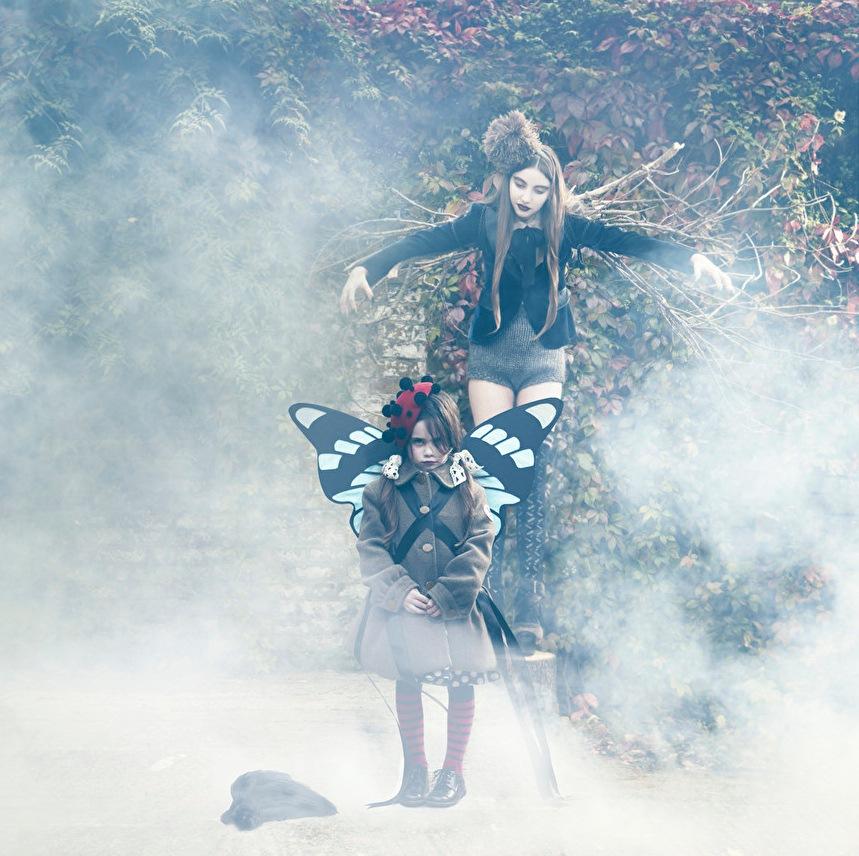 ladnebebe_Sandra-Freij-Halloween-Milk-Magazine